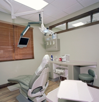 Fox View Dental Exam Room
